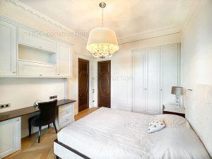 Интерьер спальни в стиле люкс сборка