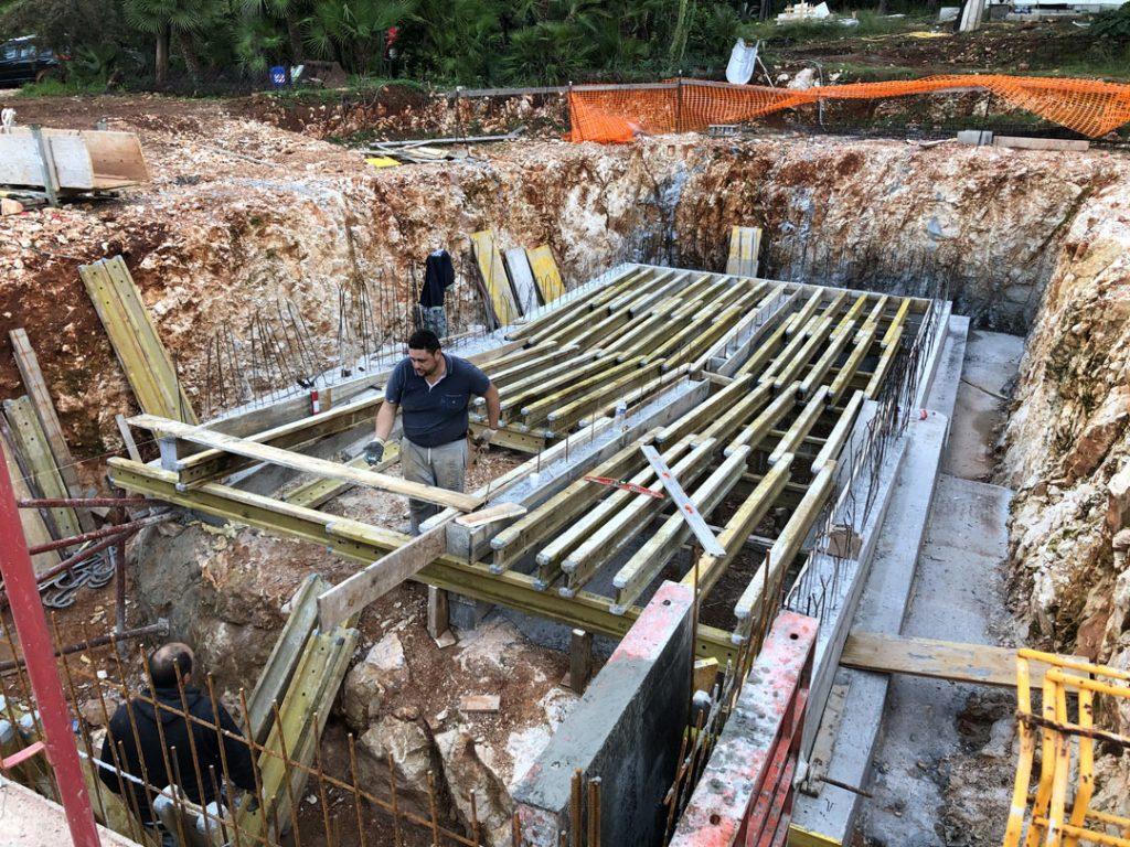 Расчет упорных конструкций под уровень бассейна