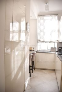 Кухонный интерьер дизайн заказать и цена Ницца